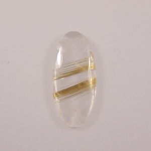 cabochon ovale de quartz rutile