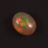 iridescence de l'opale précieuse